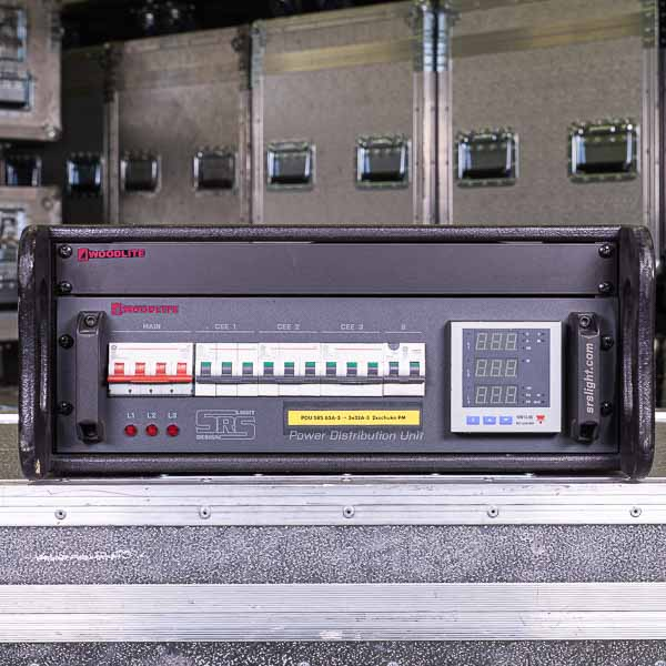 SRS 63a 3x32a Front